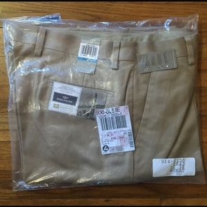 Dockers Classic Fit Khaki Pant - 36W × 36L